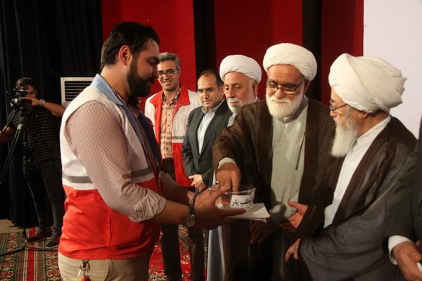 مراسم تقدیر از فعالان طرح های نوروزی هلال احمر مازندران