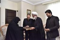 تصاویر: دیدار نماینده رهبر انقلاب با همسر امدادگر شهید فراهانی