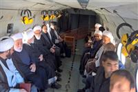 فیلم: ورود هیئتی ویژه  از سوی مقام معظم رهبری به مناطق زلزله زده کرمانشاه